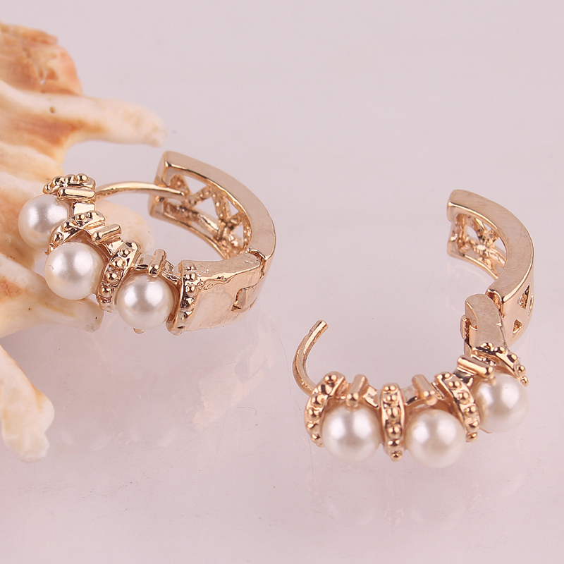 White Crystal / Pearl Hoop Earrings | Ace Gems