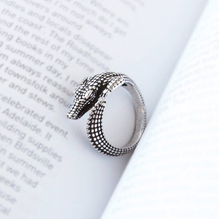 Alligator Adjustable Ring