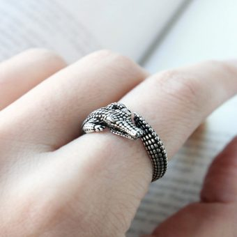 Alligator Adjustable Ring