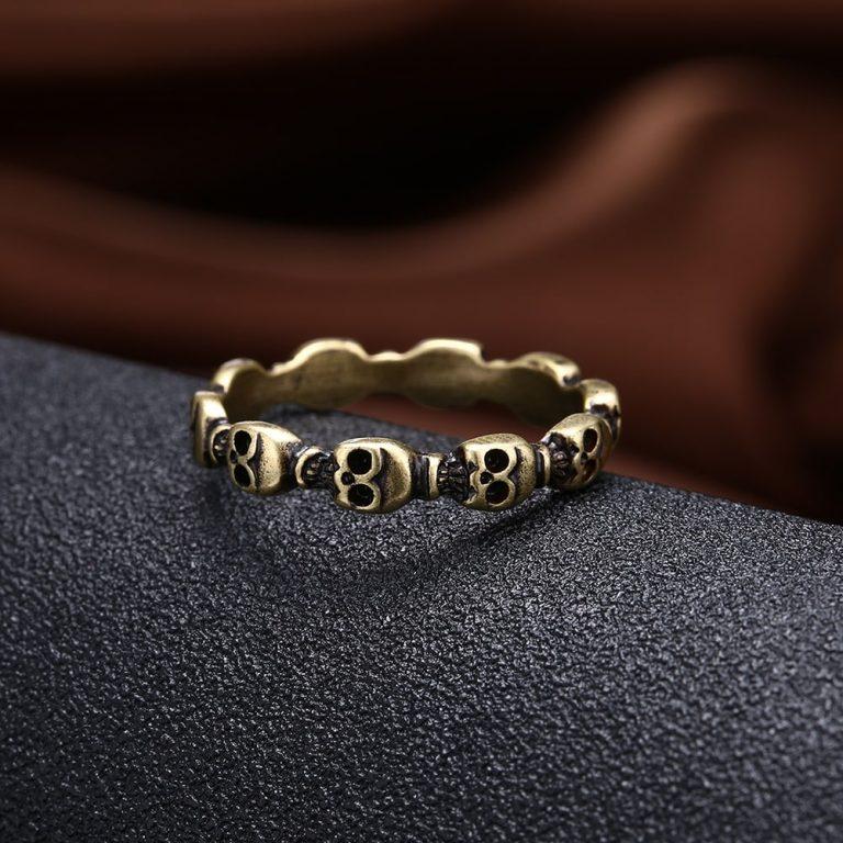 Ace Gems Skulls Ring