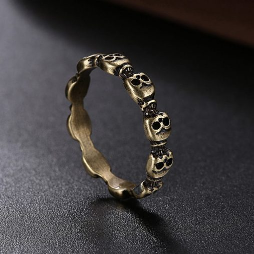 Ace Gems Skulls Ring