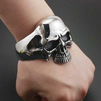 Schädel-Punk-Armband aus Edelstahl