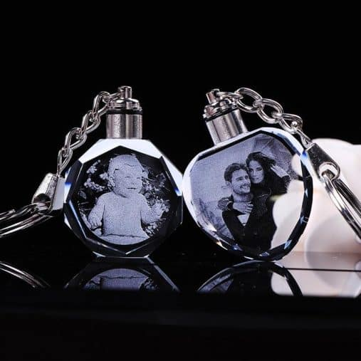 Laser etched photo keychain
